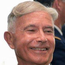 Général Pinatel : «La France est totalement vassalisée aux intérêts américains»