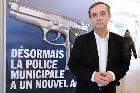 RACISME EN FRANCE : un maire avoue être raciste «Les prénoms disent les confessions. Dire l'inverse, c'est nier une évidence».