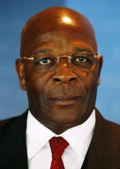 Cameroun – Opération Epervier: Les avocats de Polycarpe Abah Abah exigent la présentation de l'historique des comptes de leur client