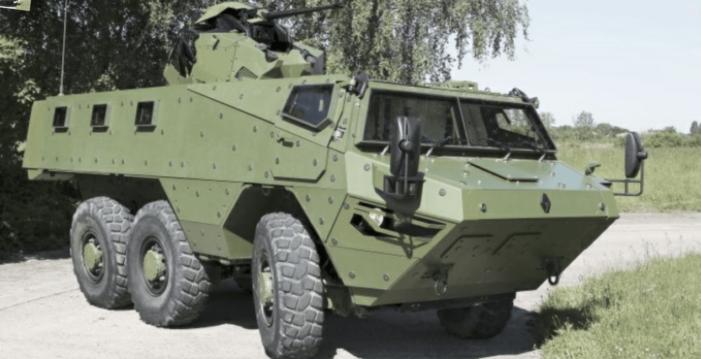 Cameroun: la France donne des véhicules tactiques aux forces armées camerounaises