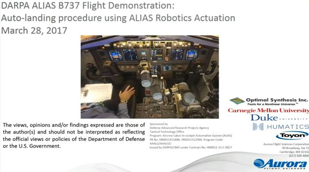 Un robot fait atterrir un avion de ligne Boeing 747 tout seul